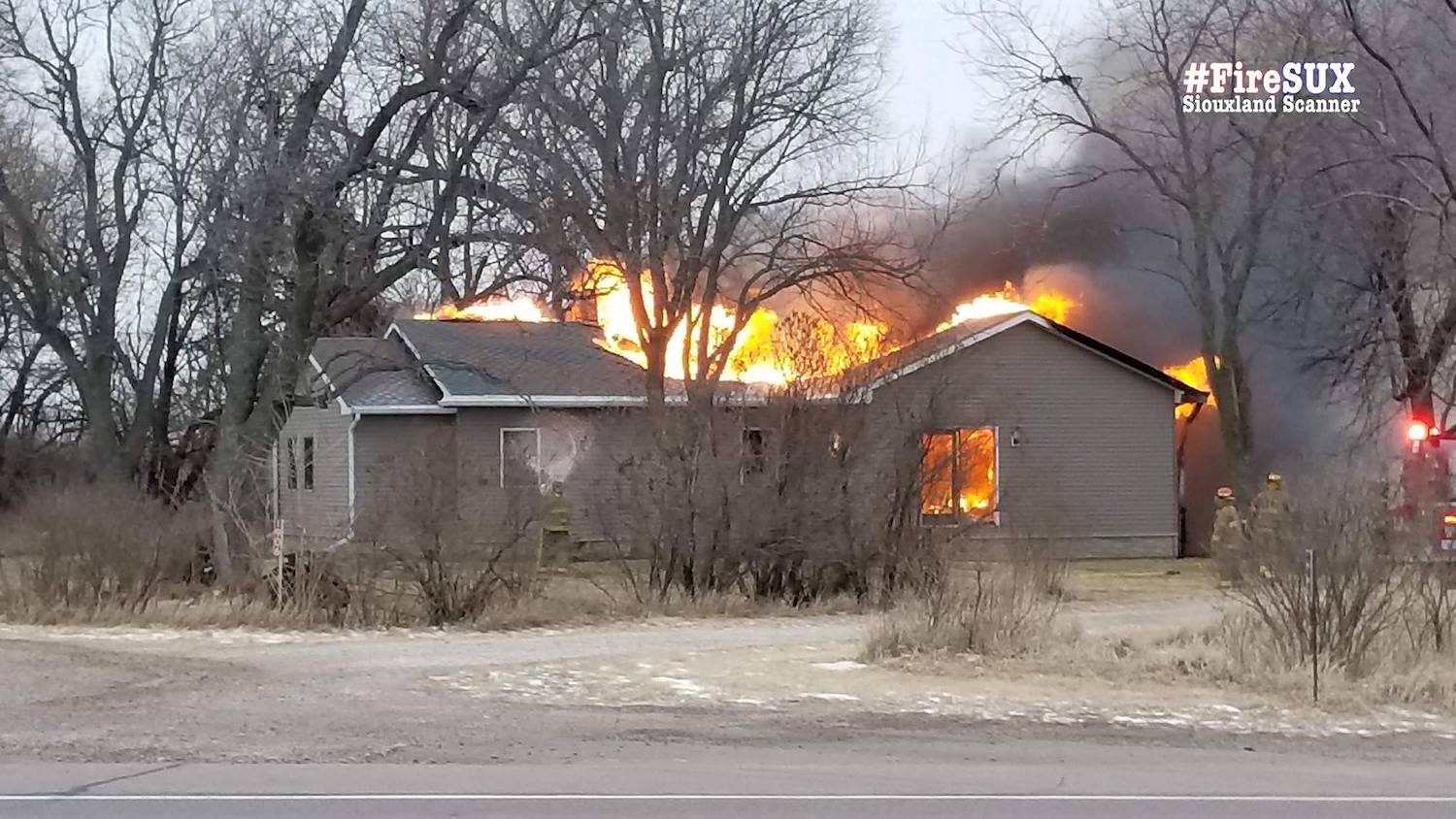 Unidentified body found in Dakota City burnt out home Thursday