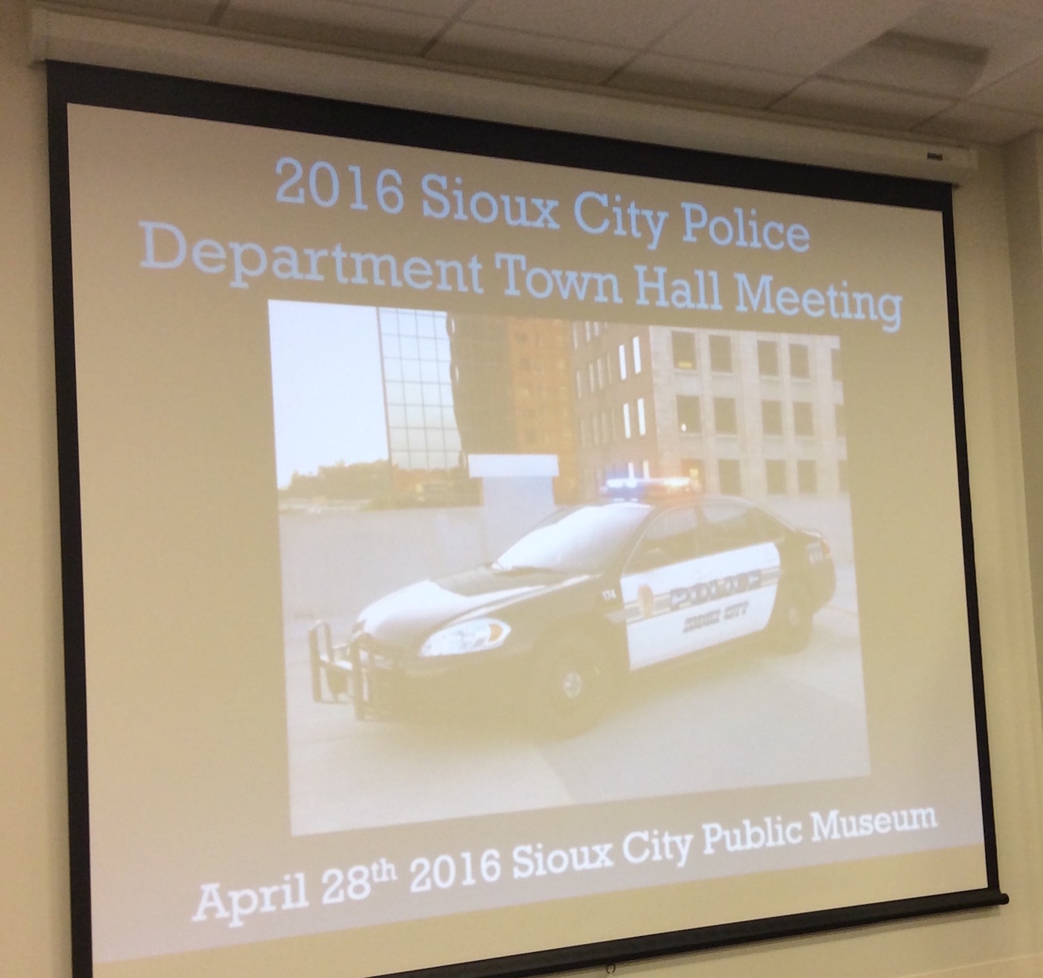 Sioux City Police hold 2016 Town Hall