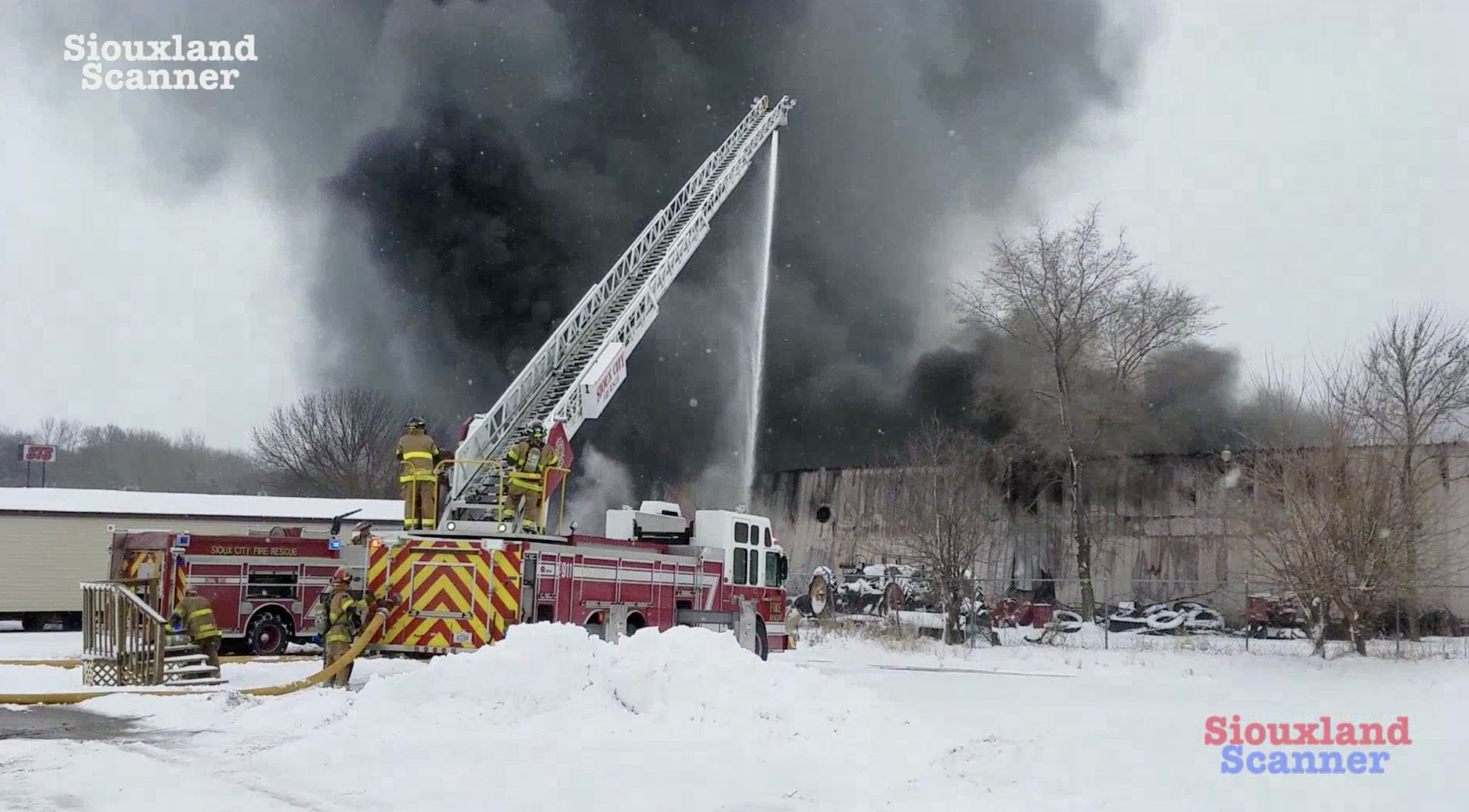 Multiple business on Highway 75 affected by structure fire