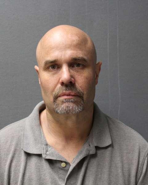 Bradford Gwinnett Apartments: TRAVIS CHARLES HURNI Arrested In Woodbury County Iowa